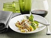 Tagliatelle with chicken, basil and Parmesan
