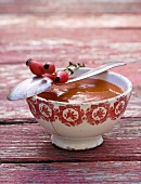 A bowl of rosehip and pear sauce