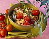 Beans with rosemary and tomatoes