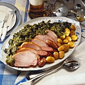 Kassler (smoked, salted pork) with kale & Pinkel (type of sausage)