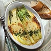 Baked green asparagus