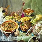 Sylvesterbuffet mit pikanten Gerichten