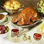 Roast goose with figs