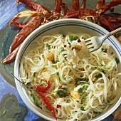 Spaghetti mit Knoblauch und Chilischoten