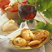 Parmesan biscuits to serve with wine