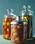 Pickled vegetables (silverskin onions, tomatoes & cucumber)