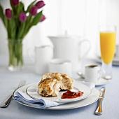 Breakfast place-setting