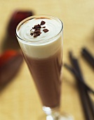Coconut chocolate: hot chocolate with coconut syrup & cream
