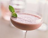 Baby strawberry shake with strawberries & vanilla ice cream