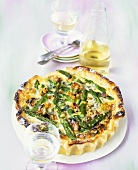 Asparagus quiche with walnut crust