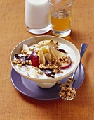 Whole grain muesli with bananas, plums and filmjölk