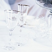 Wine- & sparkling wine glasses on a table decorated for Xmas