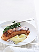 Fried salmon fillet with wasabi mashed potatoes & spinach