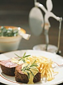 Beef fillet with Bernaise sauce and French fries