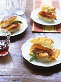Puff pastries filled with melon and Serrano ham