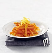 Carrot salad with lemon marinade