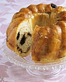 Reindling (Yeast cake with raisin and nut filling)