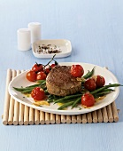 Beef fillet with green beans and cocktail tomatoes