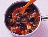 Tomato sauce alla puttanesca