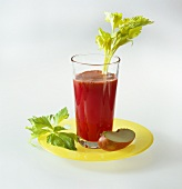 Carrot, beetroot and apple drink