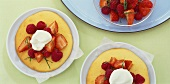 Sponge omelettes with fresh berries and cream