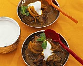 Lamb curry with mint and yoghurt