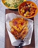 Spicy chicken with dried fruit