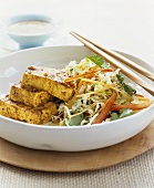 Chinese cabbage salad with curried tofu
