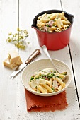 Penne with peas, bacon and parmesan