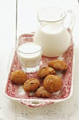 Ginger biscuits and milk