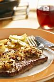 Swabian onion roast