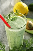Spicy power drink with avocado, cucumber and dill