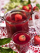 Strawberry jam with ginger