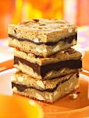 Nut-chocolate slices