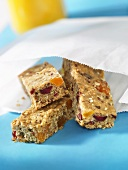 Dried fruit bars