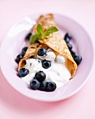 Pancake with quark and blueberries