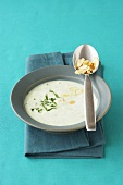 Potato soup with parsley and almonds