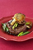 Rump steak with oyster mushrooms, soy sauce & spring onions