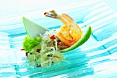 Glass noodle salad with pomelo and shrimps (Thailand)