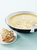 Lentil and potato soup with sesame roll