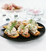 Crostini with crayfish and dill