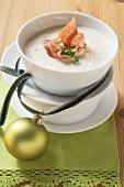 Scorzonera soup with crispy bacon