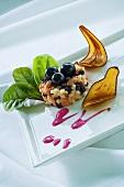 Salmon tartare with raisins