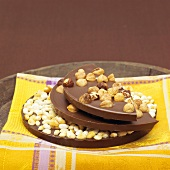 Chocolate with hazelnuts and with puffed rice