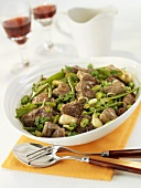 Lamb ragut with pulses and garlic