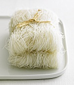 Rice noodles (fine), tied in a bundle