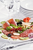 Antipasto misto (Plate of mixed appetisers, Italy)