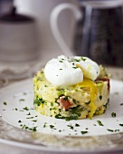 Mashed potato with chorizo and leeks, with poached egg