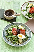 Salade niçoise with tapenade