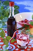 Yoghurt with raspberry juice